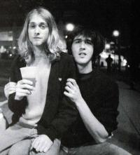 kurt_cobain_and_krist_novoselic_-_1988